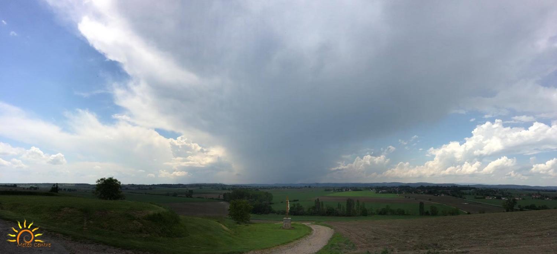 Sous l'orage à Ussel d'Allier