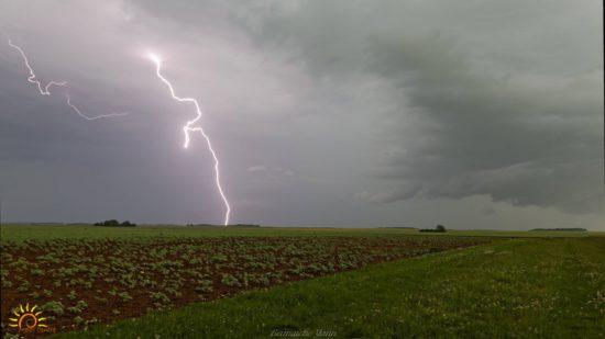 Impact de foudre au Nord de Châteauroux (36)