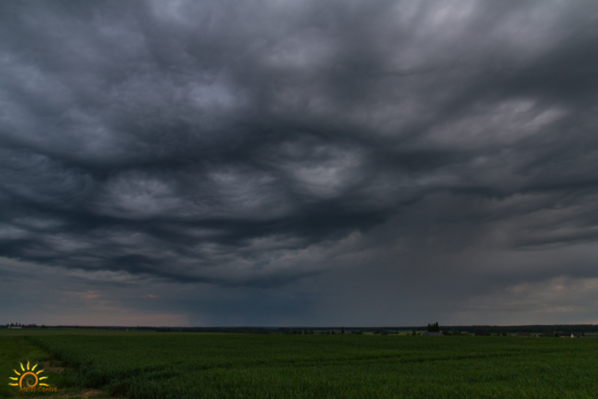 Formation d'un nouvel orage dans les plaines de Beauce